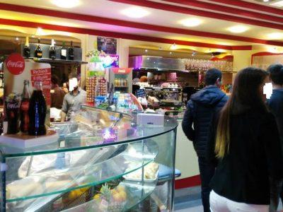Bar ristorante pizzeria in vendita, Genova