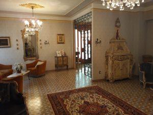 Villa di grandi dimensioni con esteso giardino, Larino, Campobasso